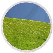 Grassy Slope View Round Beach Towel