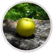 Green Apple Round Beach Towel