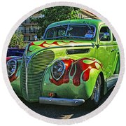 Green With Flames Hdr Round Beach Towel