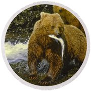 Grizzly Bear And Cubs Round Beach Towel