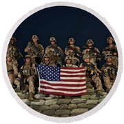 Group Photo Of U.s. Marines Round Beach Towel