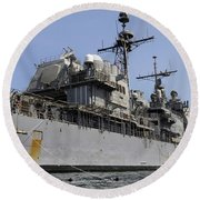 Guided Missile Cruiser Uss Bunker Hill Round Beach Towel