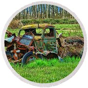 Hdr Wreck Round Beach Towel