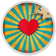 Heart And Cupid On Paper Texture Round Beach Towel