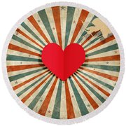 Heart And Cupid With Ray Background Round Beach Towel
