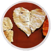 Heart Shaped Leaves Round Beach Towel