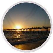 Hermosa Beach Sunset Round Beach Towel