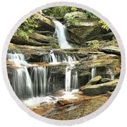 Hidden Falls At Hanging Rock Round Beach Towel