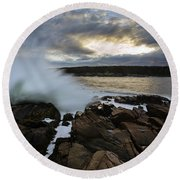 High Tide At Otter Point Round Beach Towel