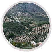 Hills Dales And Vineyards Round Beach Towel