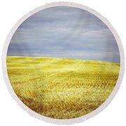 Hills Of Gold Round Beach Towel