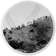 Hilltop In A Row - Black And White Round Beach Towel