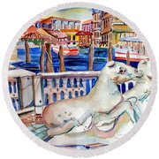 Horses On The Grand Canal Of Venice Round Beach Towel
