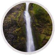 Horsetail Falls Oregon Round Beach Towel
