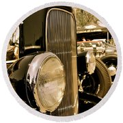 Hot Rod Grille Round Beach Towel