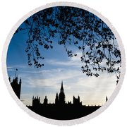 Houses Of Parliament Silhouette Round Beach Towel