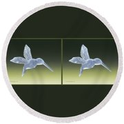 Hummingbird - Gently Cross Your Eyes And Focus On The Middle Image Round Beach Towel