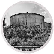 Industrial Tank In Black And White Round Beach Towel
