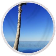 Infinity Pool Palm Round Beach Towel