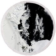 January 18, 2010 - Ross Sea, Antarctica Round Beach Towel by Stocktrek Images