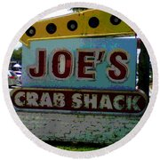 Joe's Crab Shack Round Beach Towel