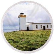 John O Groats Lighthouse Round Beach Towel