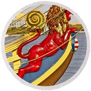 Kalmar Nyckel Red Lion Round Beach Towel