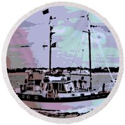 Ketch Round Beach Towel