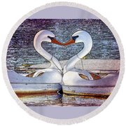 Kissing Swans Round Beach Towel