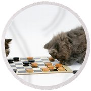 Kittens Playing Checkers Round Beach Towel