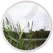 Lac Des Castors Round Beach Towel