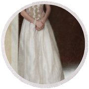 Lacy In Ecru Lace Gown Round Beach Towel