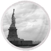 Lady And The Harbor Round Beach Towel