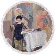 Lady At A Cafe Table  Round Beach Towel