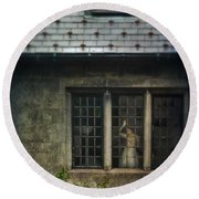 Lady By Window Of Tudor Mansion Round Beach Towel