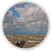 Lake Erie Storm 2368 Round Beach Towel