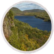Lake Of The Clouds 4 Round Beach Towel