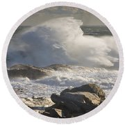 Large Waves Near Pemaquid Point On The Coast Of Maine Round Beach Towel