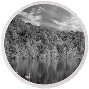 Late Afternoon At The Lake - Bw Round Beach Towel