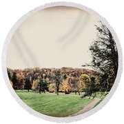 Late Fall In Waynesville Round Beach Towel