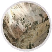 Light And Shadows In The Grand Canyon In Yellowstone Round Beach Towel