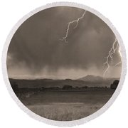 Lightning Striking Longs Peak Foothills 5bw Sepia Round Beach Towel