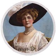 Lillian Russell On Cover Round Beach Towel