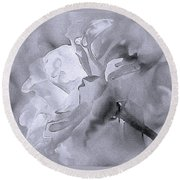 Liquid Rose Round Beach Towel