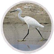 Little Egret Round Beach Towel