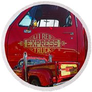 Little Red Exprees Door Hdr Round Beach Towel