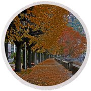 Locarno In Autumn Round Beach Towel