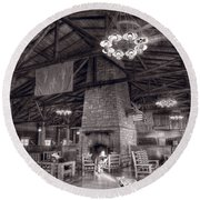 Lodge Starved Rock State Park Illinois Bw Round Beach Towel