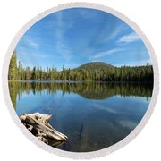 Log In The Lake Round Beach Towel