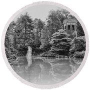 Longwood Gardens Castle In Black And White Round Beach Towel